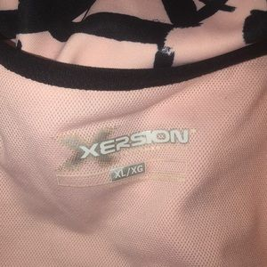 Xersion Tops - Xersion exercise built-in sports bra top